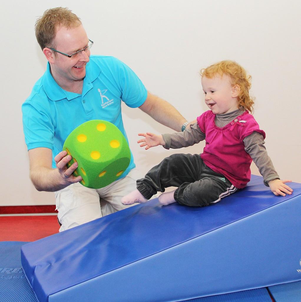 Kinder bobath praxis f r ergotherapie marco kr mer for Raumgestaltung nach bobath